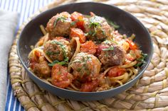 Turkey+Meatballs+&+Linguine+with+Fresh+Tomato+Sauce+&+Pecorino+Cheese.+Visit+http://www.blueapron.com/+to+receive+the+ingredients.