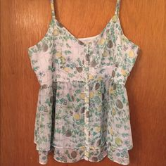 Lc Lauren Conrad tank size medium euc Excellent condition. Lightweight w adjustable straps and hidden snaps in bust so there are no gaps between buttons. LC Lauren Conrad Tops Tank Tops