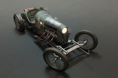ArtStation - Richard_Scaldwell's_JAP_V8-Powered_GN_Cycle_Car, Petro Shehter