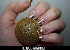 Il Filo di Arianna make up: Nail art gold polish