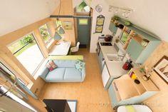 Desain rumah kecil yang fungsional; desain ruang keluarga konsep terbuka