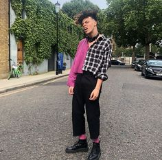 Discover recipes, home ideas, style inspiration and other ideas to try. Dominic Harrison, Pink Socks, Black Heart, Celebs, Celebrities, Celebrity Crush, Fashion Details, Pretty People, Style Icons