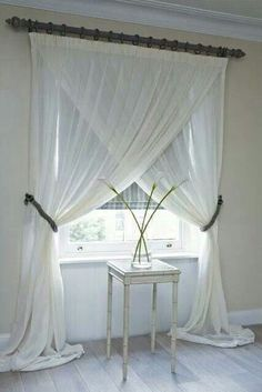 New home? Feel like you need to revamp your bedroom? These 20 Master Bedroom Decor Ideas will give you all the inspiration you need! Come and check them out modernas 20 Master Bedroom Decor Ideas My New Room, My Room, Spare Room, Sweet Home, Hanging Curtains, White Curtains, Layered Curtains, Modern Curtains, Sheer Drapes