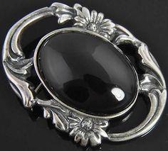 Jalaine Estate Vintage Sterling Silver Oval Onyx Floral Pin Brooch
