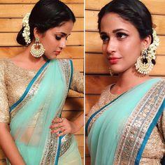 0d336e56a03ca3 Designer Ethnic Saree   Buy Designer Ethnic Sarees For Women Online