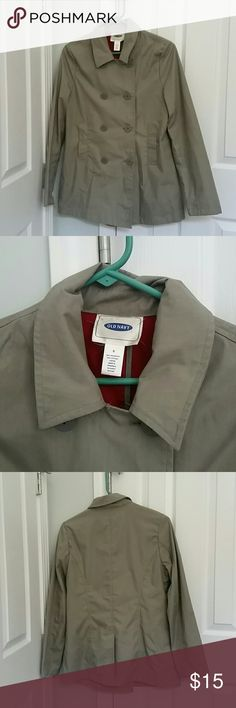 Lightweight Old Navy Pea Coat Excellent condition super soft Old Navy Pea coat. I've had this in my closet for years and it doesn't get the use that it should. It's a great neutral greenish grey with a red liner. Super light weight and perfect for those days with a slight chill. Old Navy Jackets & Coats