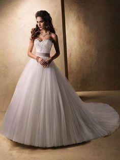 Amazing wedding dress - Fashion and Love