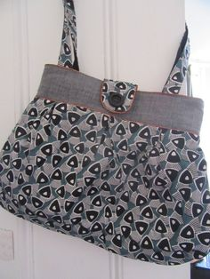 Epic Anya shoulder bag with bronze piping by Prolific Project Starter Two By Two, Bronze, Shoulder Bag, Tote Bag, Fabric, Pattern, Bags, Fashion, Tejido