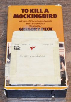 TO KILL A MOCKINGBIRD VHS MCA Gregory Peck Brook Peters Mary Badham