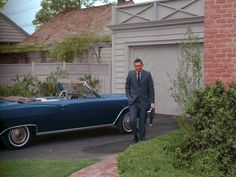 Bewitched TV series-driveway-garage