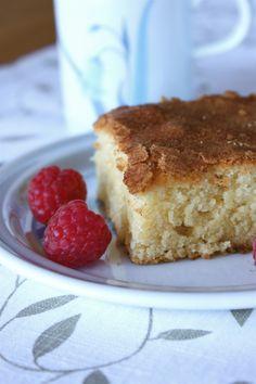 Kanelkake, a delightful and simple cinnamon snack cake that is also egg free. Cinnamon Cake, Cinnamon Coffee, Scandinavian Food, Sweet Desserts, Coffee Cake, I Love Food, Baked Goods, Sweet Treats, Sweets