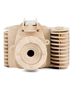 Keep your mind occupied with this do-it-yourself wooden camera that you put together yourself. This is an amazing gift for photography aficionados. Wooden Camera, Vintage Cameras, Slr Camera, Build Your Own, Fujifilm Instax Mini, Best Gifts, Building, Roads, Gift Ideas
