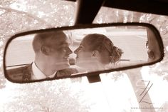 Cute idea for a candid shot #wedding #photograhy
