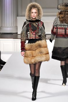 Oscar de la Renta Fall 2011 Ready-to-Wear - Collection - Gallery - Style.com