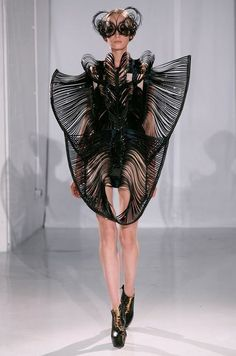 giorgadze-davids-photos-iris-van-herpen-mode-future