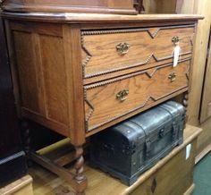 £75 Oak chest of Draws.