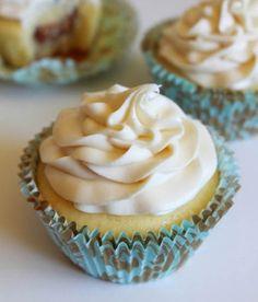 Milk and White Chocolate Truffle Cupcakes | foodgio