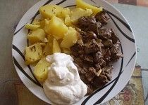 Kuřecí játra na česneku Ham, Mashed Potatoes, Ethnic Recipes, Style, Cooking, Whipped Potatoes, Swag, Hams, Smash Potatoes