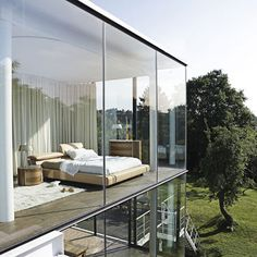 fully windowed wall... can I have one of these in my dream house to use as a photography studio, please? :)