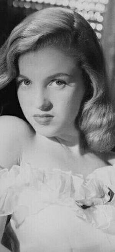 MARILYN MONROE~Norma Jeane. Photo by Erwin Steinmeyer, 1946.