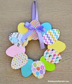 Cute DIY craft ideas for Easter that will bring spring into your home - DIY - Basteln mit Kindern - Crafts Easter door wreath, DIY craft ideas for Easter, Easter crafts, Easter craft ideas, Easter de - Easy Easter Crafts, Easter Crafts For Kids, Paper Easter Crafts, Easter Ideas, Kids Diy, Egg Crafts, Simple Crafts, Bunny Crafts, Easter Activities