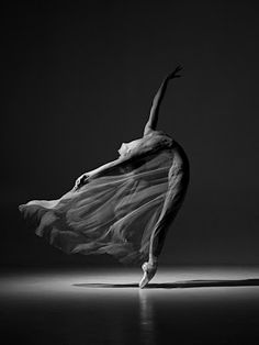 I love dance and fabric... For my finial year at Uni I tried to do something similar. Lovely image.