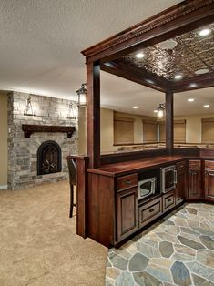 Amazing lighting<3<3<3 This unfished basement transformed into a great space for entertaining and includes a custom entertainment center, custom wet bar, wine room, bathroom and exercise room. By: Knight Construction Design. Chanhassen, Minnesota