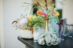 Modern Bohemian Palm Springs Wedding - floral decor   www.palmspringsstyle.com   Images by Abi Q Photography