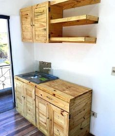 Adorable, Affordable DIY Ideas with Recycled Pallets: The ideas of recycling wood pallets we have presented here are affordable because nothing other than Wood Pallet Recycling, Wooden Pallet Projects, Wooden Pallet Furniture, Recycled Pallets, Wooden Pallets, Wooden Diy, Pallet Ideas, Pallet Wood, Ideas Palets