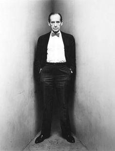 Walter Gropius Walter Gropius, Photo Portrait, Portrait Photography, Fashion Photography, Profile Photography, Irving Penn Portrait, Style International, Magazin Design, Image Mode