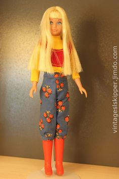 """Lemon blonde Skipper in #3291 """"Nifty Knickers"""" from 1972. This outfit is hard to find."""