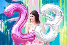 Large oversized number balloons for a birthday photo shoot portrait session!  Photographer: http://www.christinemichelle.photography  Fashion blogger: http://www.emiliesobel.com