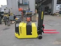 2007 Hyster W30ZC 3,000 lb Counterbalanced Electric Walkie Stacker Truck