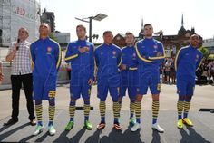 Picture special: New away kit launch   News Archive   News   Arsenal.com