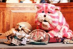 The truth is, that for most kids watching Bagpuss in the 70's, Bagpuss was black and white..... it was a huge shock to me to realise he was pink!