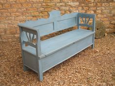 Charles Graham Architectural Antiques and Fireplaces - Original Antique painted pine box settle - Ref Decor, Outdoor Decor, Family Room, Long Bench, House Styles, Table And Chairs, Bench Seating Kitchen, Old Benches, Bench Table