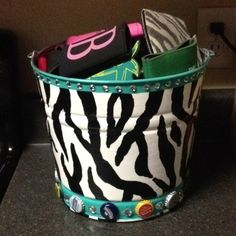 Hand painted tin bucket! Customize for any school/sports team!