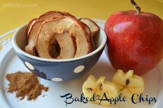Baked Apple Chips Recipe - theDIYdreamer.com