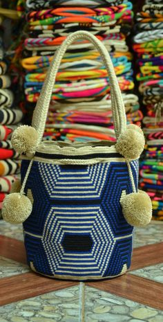 Crochet, Straw Bag, Tapestry, Stitch, Beauty, Curly, Craft, Crochet Bags, Blue Nails