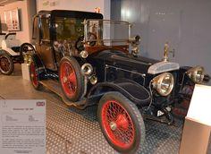 DAIMLER 20 HP 1908 en el Museo de Historia de Automoción de Salamanca.