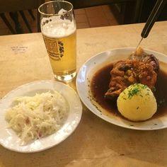 드디어 나도 #haxe #radler #augustiner by __kyoung_eun__ #haxenhaus #people #food