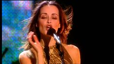 The Corrs Live in London - Breathless (Andrea Corr , Caroline Corr, Shar...
