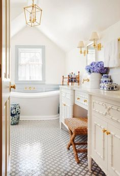 23 best chinese bathroom images bathroom, bathtub, dream bathroomsdecor pad this bathroom boasts loads of chinoiserie including a blue and white chinese garden stool