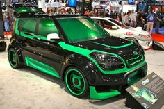 DC Comics Dominick Arena Green Lantern Corps - PM Not a big fan of the KIA Soul but what a great job on this Lantern t. Kia Soul Accessories, Kia Motors, Modified Cars, Amazing Cars, Awesome, Justice League, Sport Cars, Concept Cars, Cool Cars