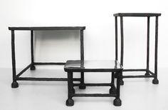 n.03 tavolini mumbai baxter. struttura ferro piano acciaio lucido. h.cm.40,5x50x50. h.cm.49x30x20. h.cm.21x30x20.
