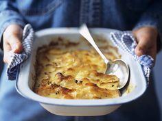 Kartoffelgratin auf französische Art (Pommes dauphinoises) - smarter - Zeit: 1 Std.  | eatsmarter.de Die Franzosen wissen, wie man Kartoffelgratin macht.