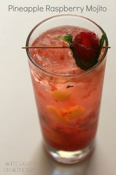 Raspberry Pineapple Mojito - White Lights on Wednesday Party Drinks, Cocktail Drinks, Fun Drinks, Yummy Drinks, Alcoholic Drinks, Yummy Food, Beverages, Cocktails, Tasty