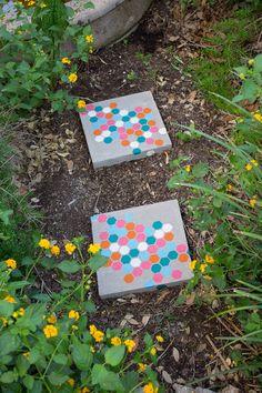DIY Garden Paths - Easy Backyard Walkway Ideas
