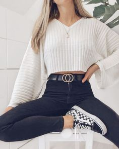 Get the school clothes you need to wear now- Hol dir die Schulkleidung, die du jetzt anziehen musst Outfits for going out you : Get the school clothes you need to wear now- Hol dir die Schulkleidung, die du jetzt anziehen musst Outfits for going out you - Trendy Fall Outfits, Fall Outfits For School, Girly Outfits, Mode Outfits, College Outfits, Fashionable Outfits, Autumn Outfits, Spring Outfits, Black Outfits