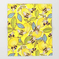 Yellow lemon and bee garden. - $49